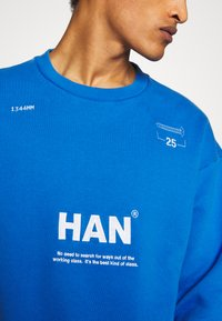 Han Kjobenhavn - BULKY CREW - Sweatshirt - blue - 7