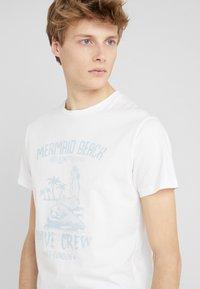 HKT by Hackett - MERMAID - Print T-shirt - white - 4
