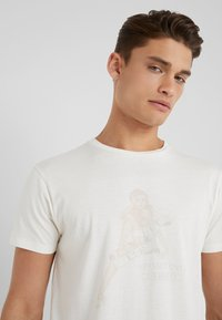 HKT by Hackett - T-Shirt print - off white - 3