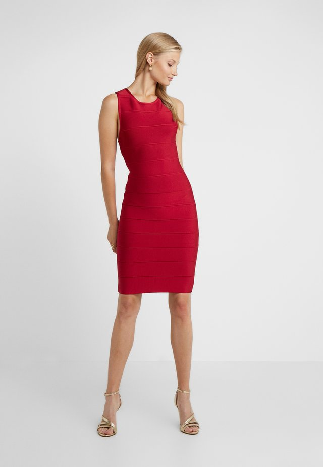 DRESS - Shift dress - rio red