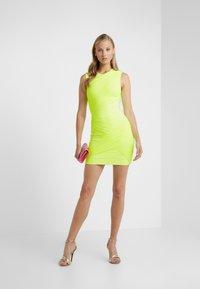Hervé Léger - DRESS - Robe fourreau - neon yellow - 1