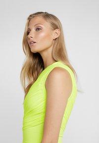 Hervé Léger - DRESS - Robe fourreau - neon yellow - 4