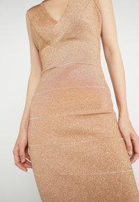 Hervé Léger - V-NECK DRESS - Společenské šaty - gold - 3