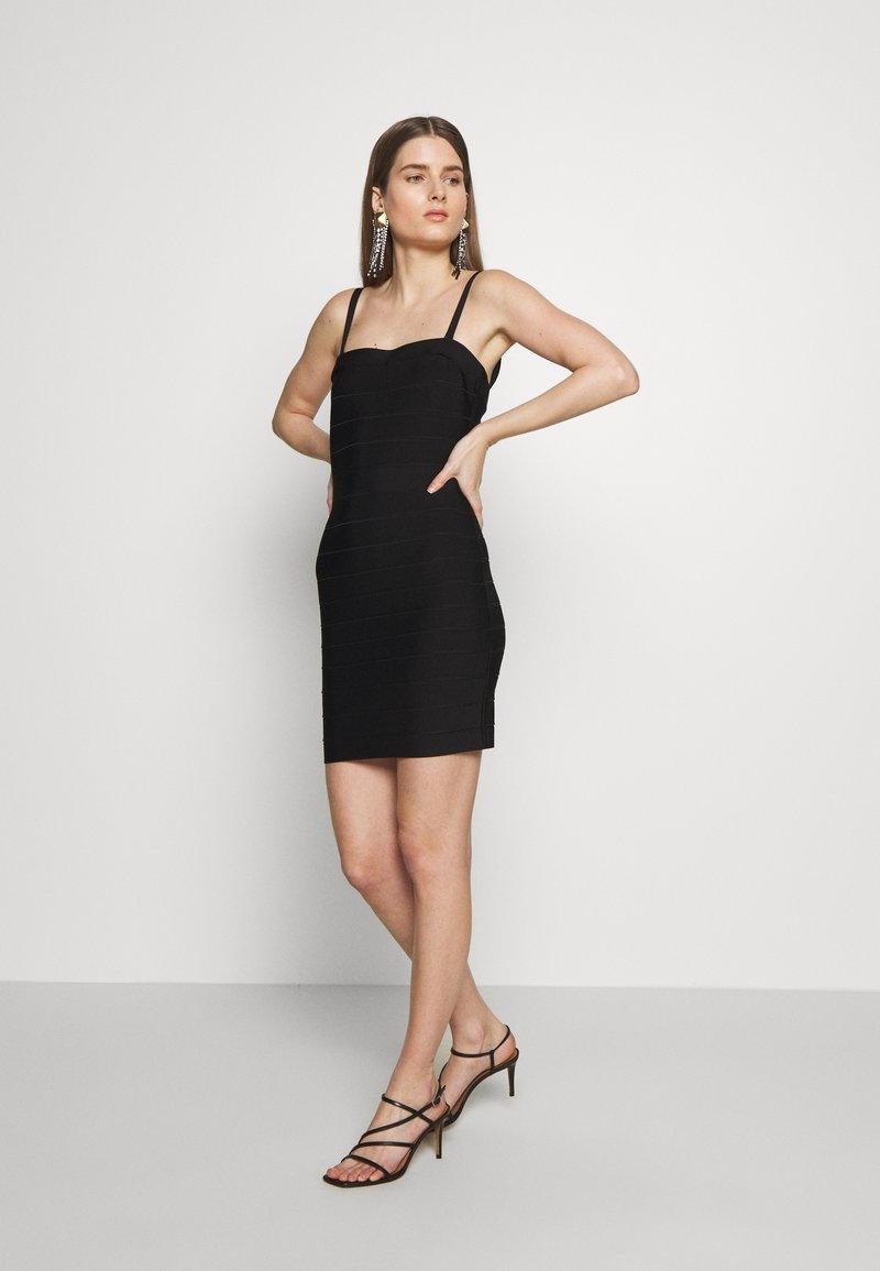 Hervé Léger - CONVERTIBLE STRAP ICON - Pouzdrové šaty - black