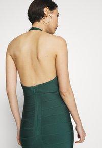 Hervé Léger - CREW NECK GOWN - Společenské šaty - bright elm - 3