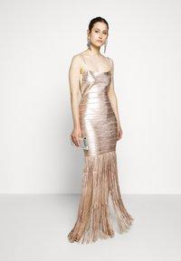 Hervé Léger - Sukienka koktajlowa - rose gold - 1