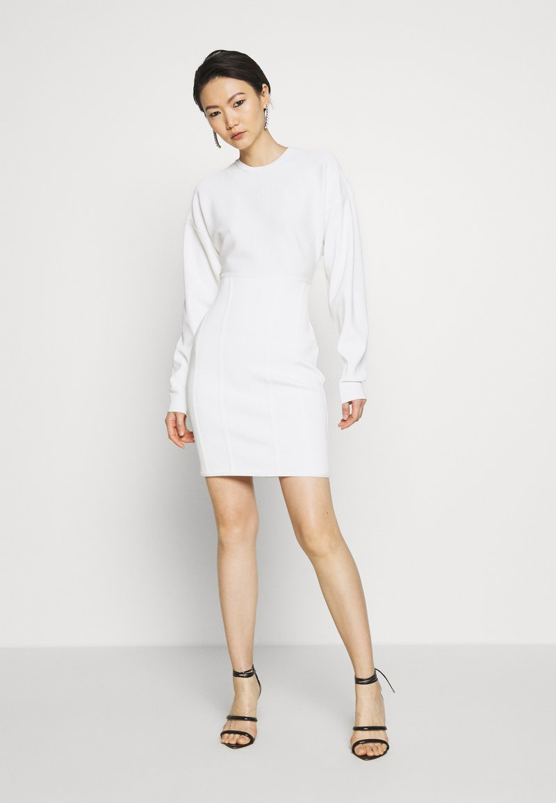 Hervé Léger - BALLOON SLEEVE DRESS - Sukienka dzianinowa - alabaster
