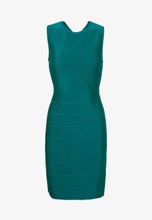 NEW ICON DRESS - Shift dress - capri