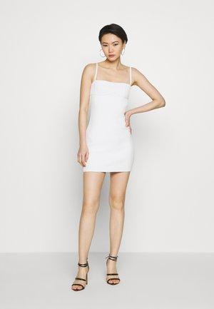 FITTED DRESS - Pouzdrové šaty - alabaster