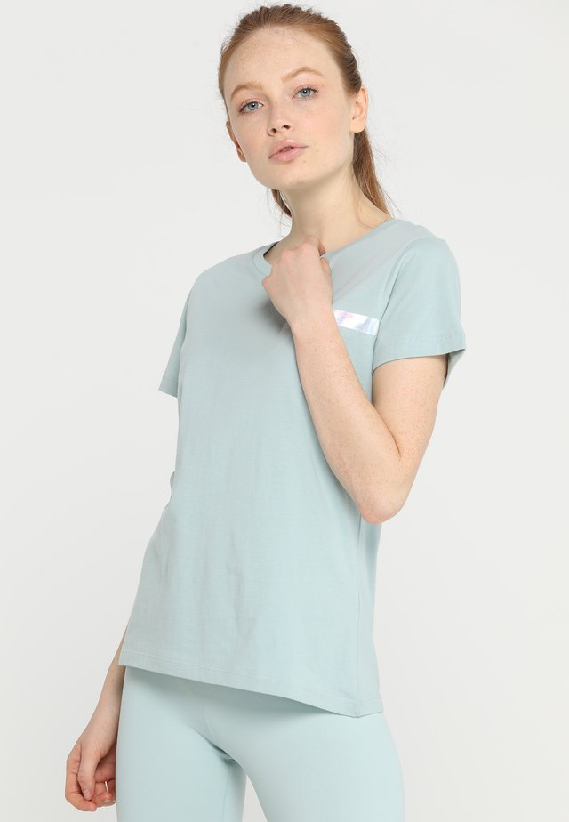 TEE REGULAR SMALL BRANDED - T-shirt med print - ether