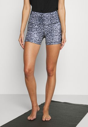 SHORTS SNAKE - Medias - black
