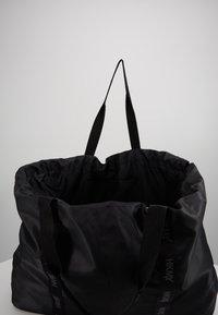 Hunkemöller - TOTE BAG - Sports bag - black - 4