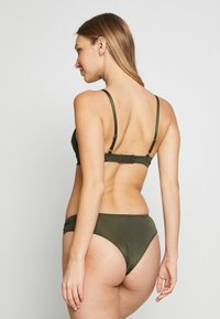 Hunkemöller - LILLIANA SET - Push-up BH - khaki - 2