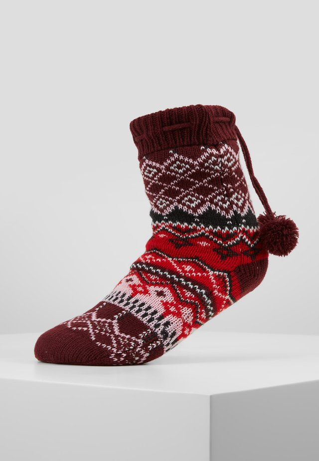 COSY SOCK FAIRISLE POM POM - Tofflor & inneskor - windsor wine