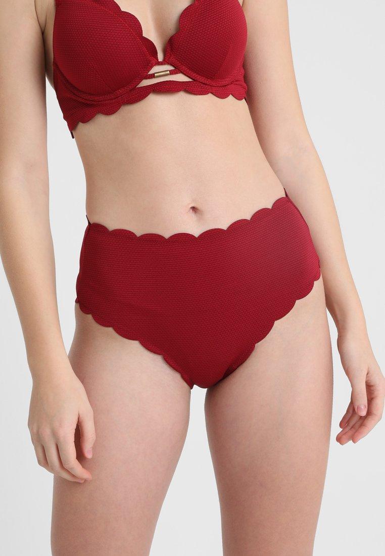 Hunkemöller - SCALLOP DREAMS HIGH CHEEKY - Bikini-Hose - red