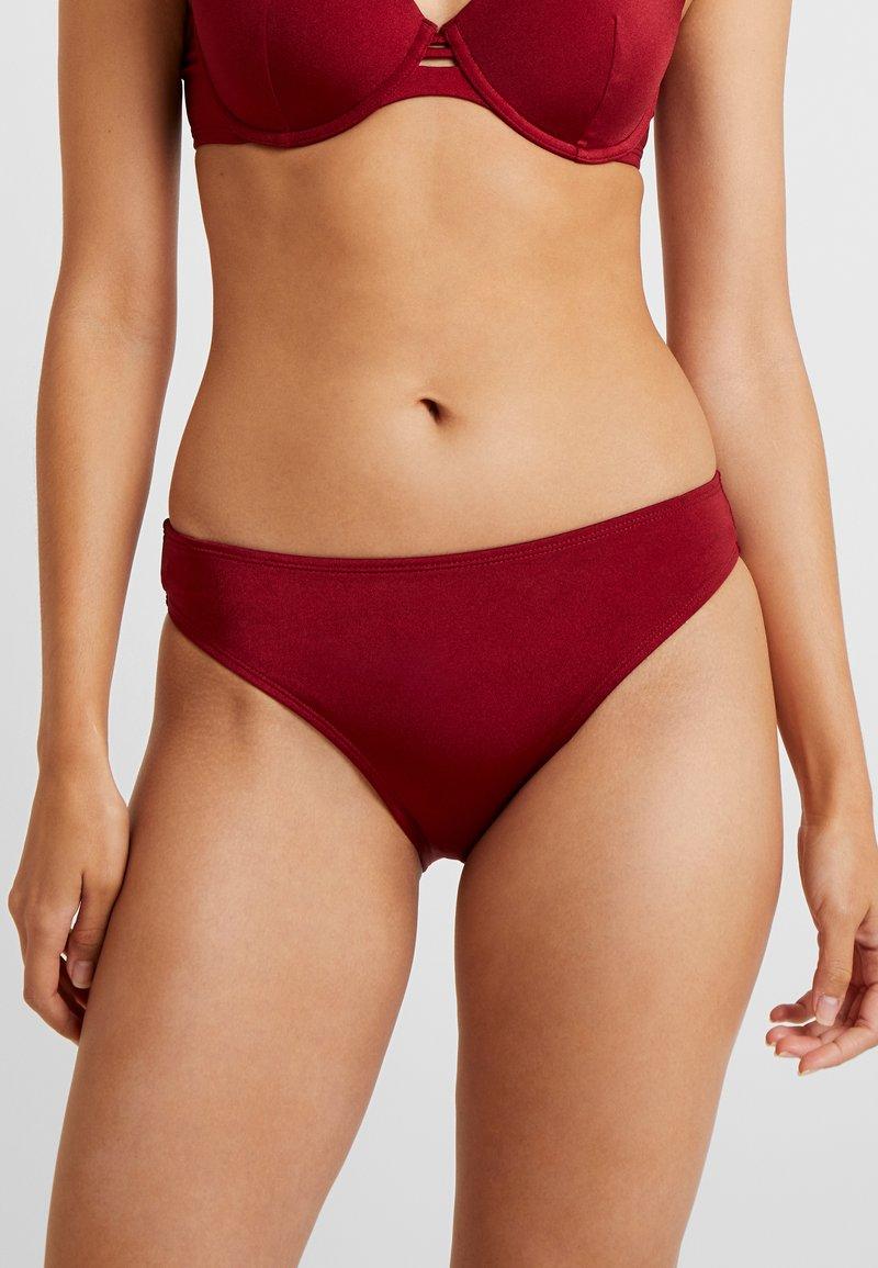 Hunkemöller - CINAMMON REGULAR RIO - Braguita de bikini - red