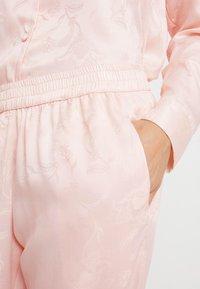 Hunkemöller - PANT PAISLEY - Pyjamasbukse - cloud pink - 4