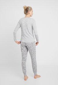 Hunkemöller - DEER SET - Pyžamová sada - soft grey melee - 2
