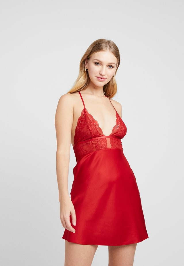 DEEP V - Nattlinne - retro red