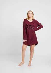 Hunkemöller - NIGHTIE NECK HEARTS - Noční košile - windsor wine - 1