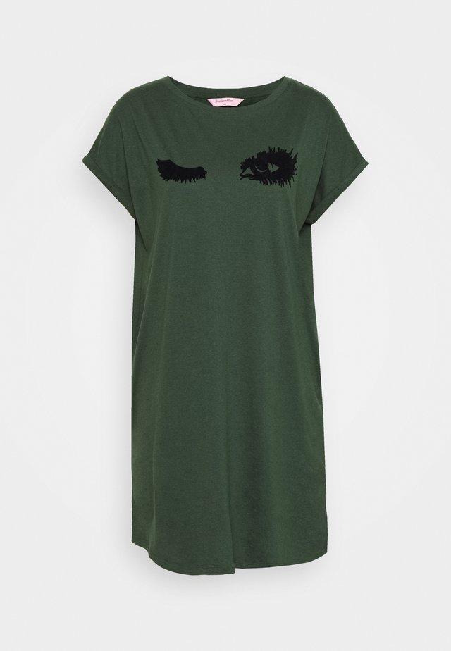 NIGHTIE CAP R NECK WINK - Koszula nocna - duffle bag