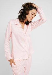 Hunkemöller - JACKET PAISLEY - Pyjama top - cloud pink - 0