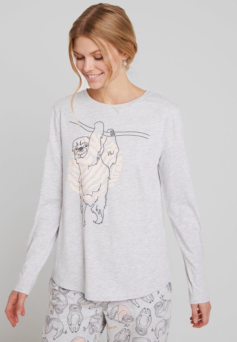 Hunkemöller - SLOTH - Pyžamový top - soft grey melange