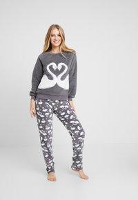 Hunkemöller - SWAN - Pyjama top - silver grey - 1