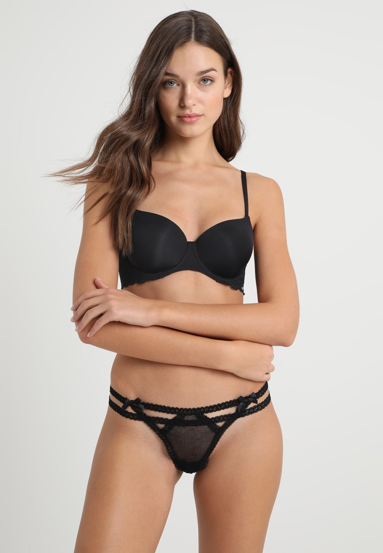 Hunkemöller - EXCLUSIVE 3 PACK - Thong - black