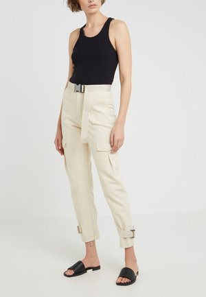 SOGNE TROUSERS - Trousers - sand