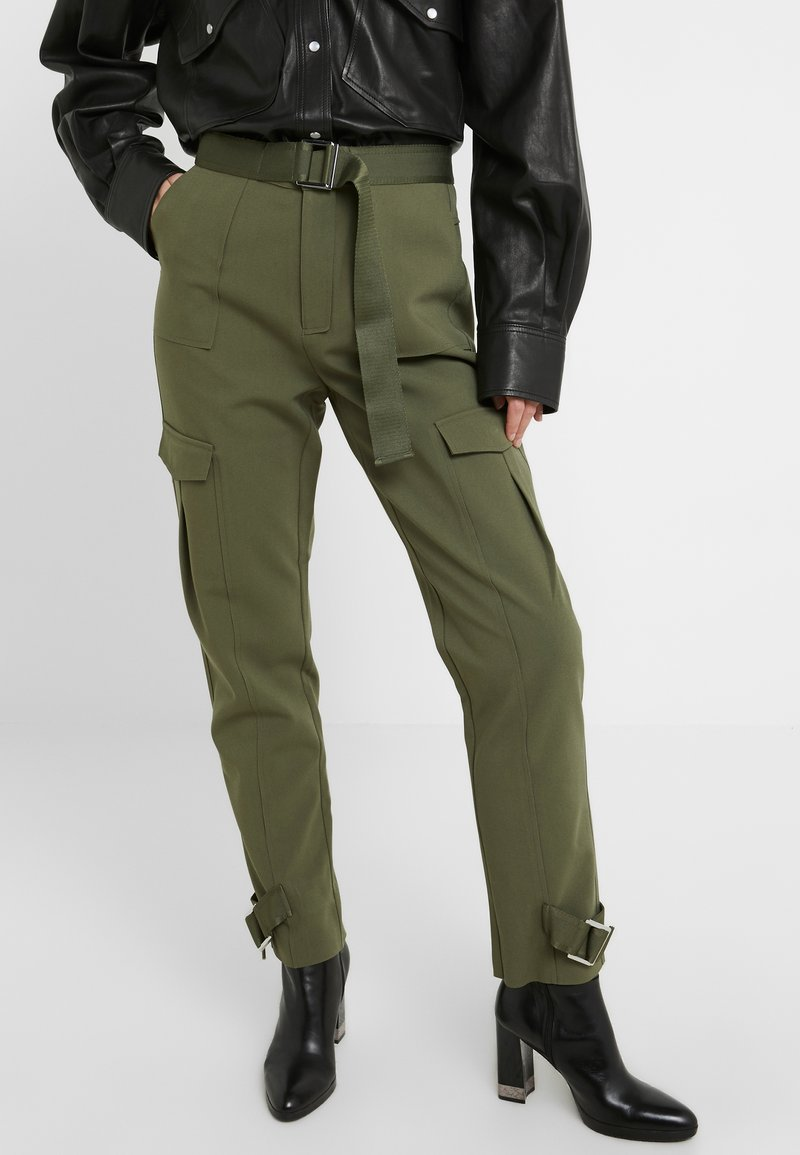 Holzweiler - SKUNK MIX  - Trousers - army