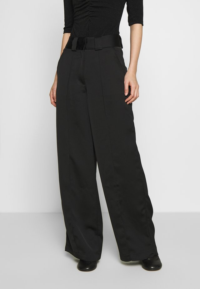 SOFT TROUSERS - Kangashousut - black