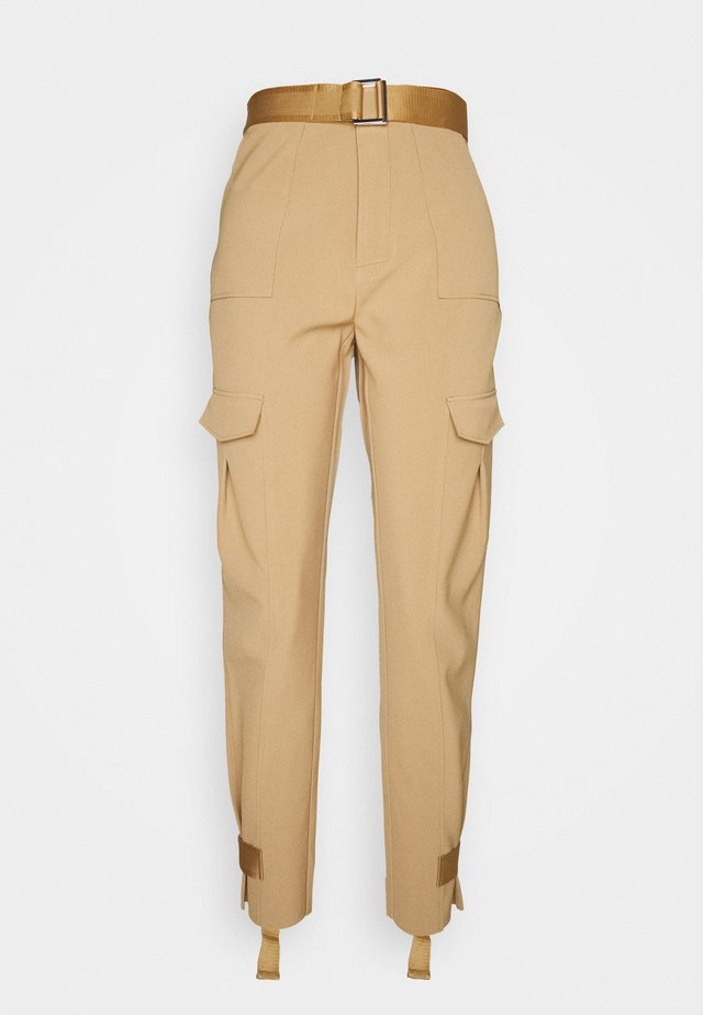 SKUNK TROUSER - Cargobroek - tobacco