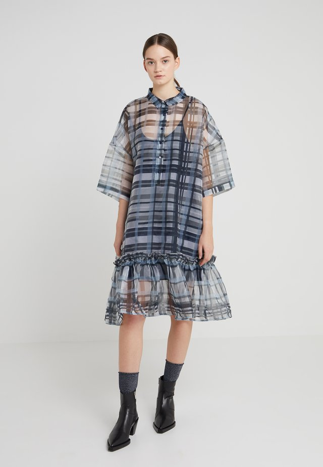 TWISTED - Blusenkleid - blue check