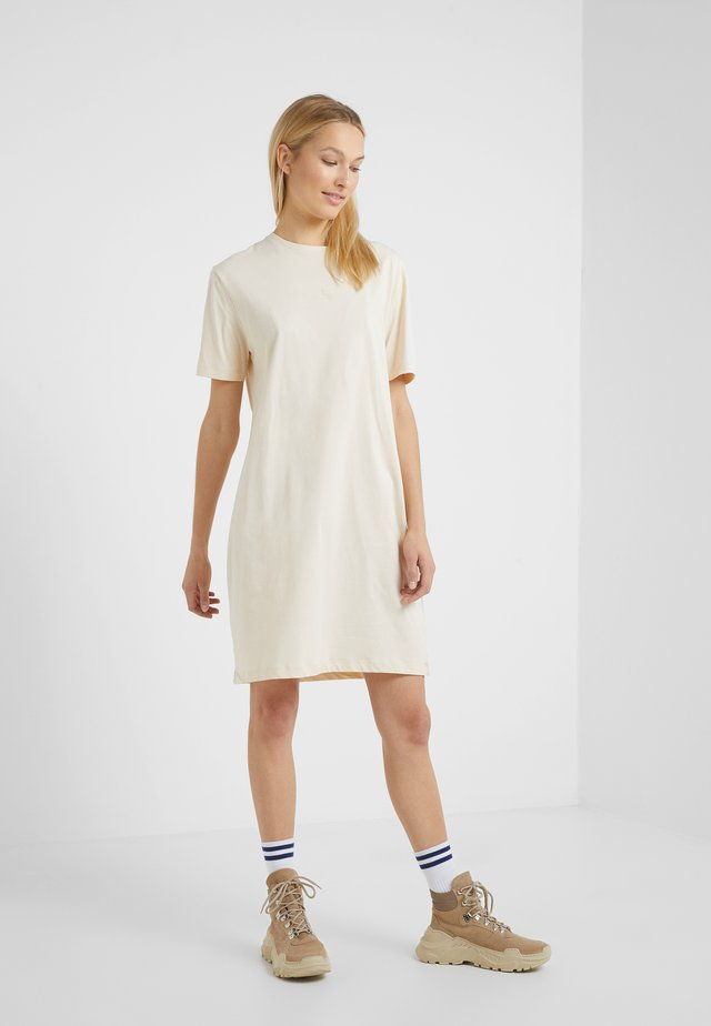 SWAN DRESS - Jerseykleid - sand