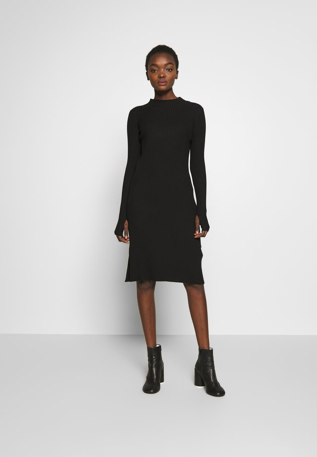 NOR DRESS - Strikkjoler - black