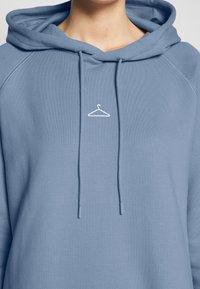 Holzweiler - HANG WIDE - Day dress - bleu - 5