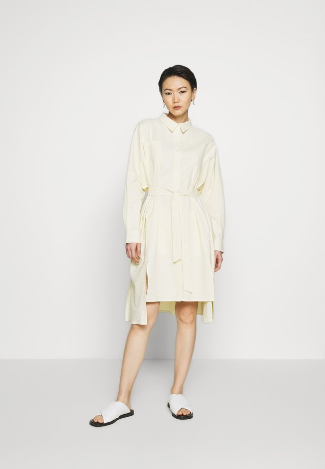 SEFFERN DRESS - Abito a camicia - light yellow