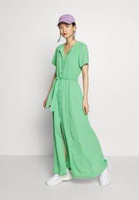 Holzweiler - OCEAN DRESS - Maxi šaty - green - 1