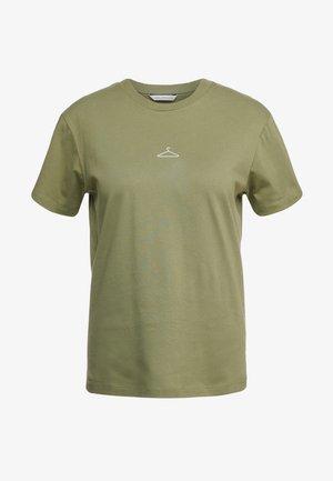 SUZANA TEE - T-shirt - bas - green