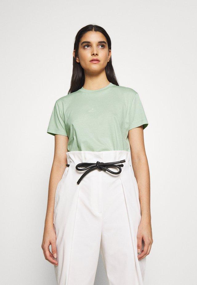 SUZANA TEE - T-shirt - bas - mint