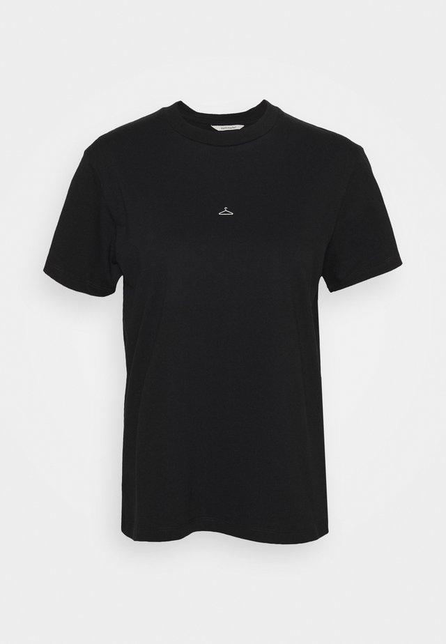 SUZANA TEE - T-shirts med print - black
