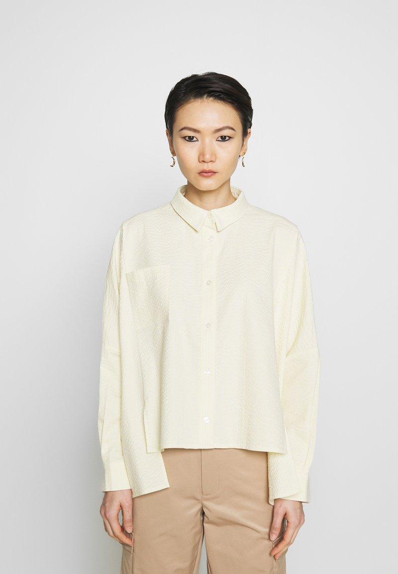 Holzweiler - SON - Button-down blouse - light yellow