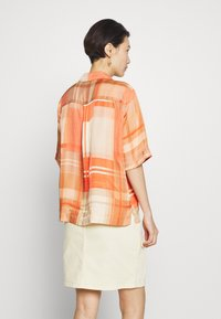 Holzweiler - BOGIRL  - Button-down blouse - orange - 2