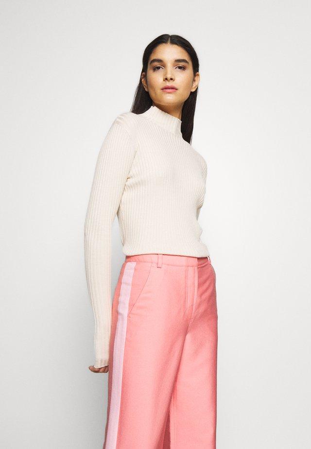 EBO KNIT - Pullover - ecru