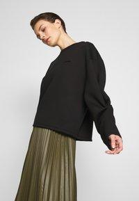 Holzweiler - TWINE  - Sweatshirt - black - 3