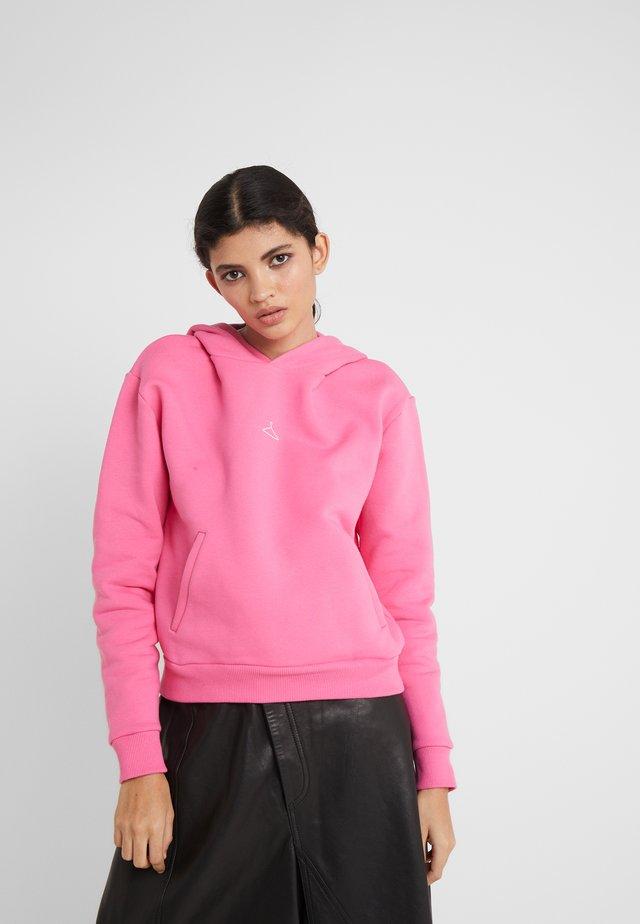 HANG ON HOODIE - Bluza z kapturem - pink