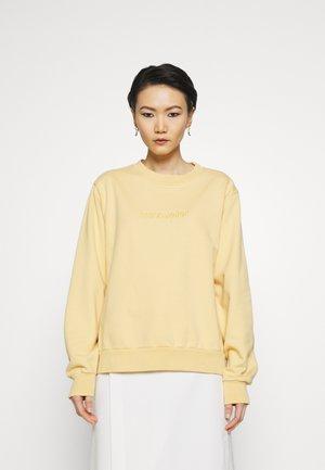 CREW SWEAT - Sweatshirt - yellow