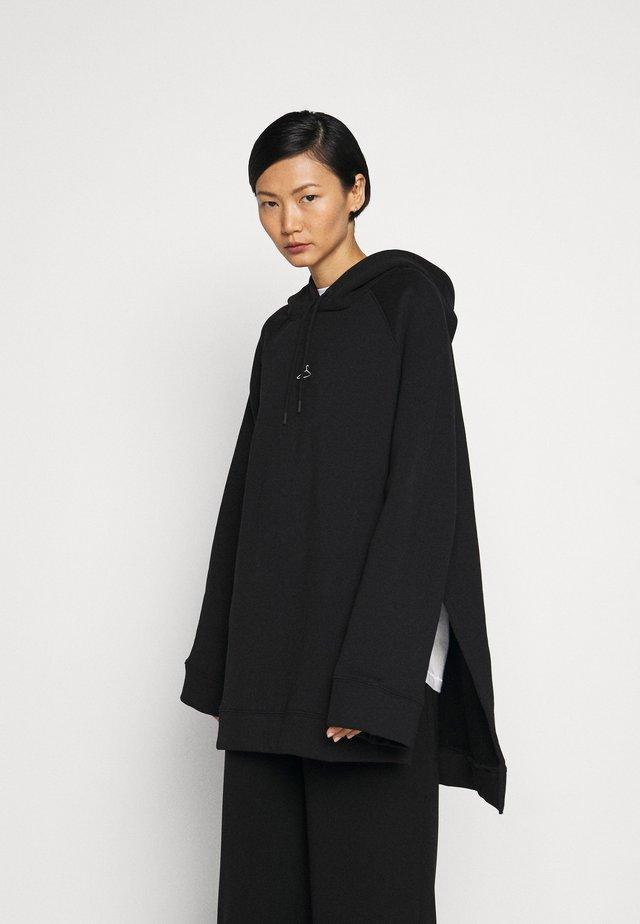 SISSEL - Bluza z kapturem - black
