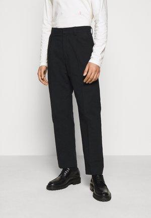 JENS TROUSER - Trousers - black